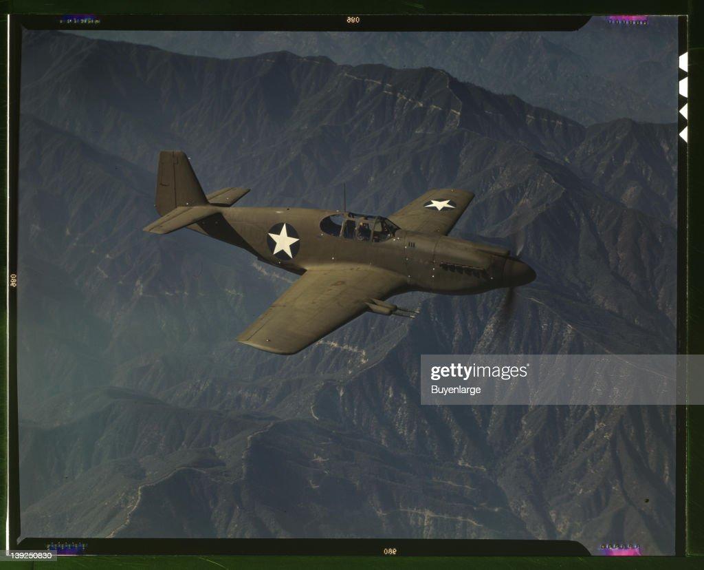 P-51 Mustang Fighter In Flight : News Photo