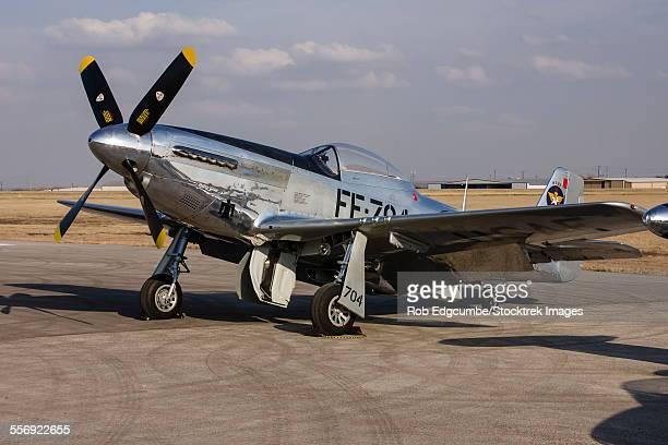 a p-51 mustang parked on the ramp at arlington, texas. - p 51 mustang stock photos and pictures