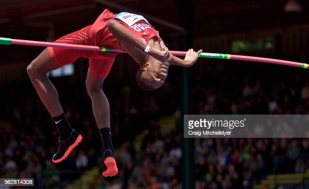 Mutaz Essa Barshim of Qatar jumps in the men's high jump during the 2018 Prefontaine Classic at Hayward Field on May 26, 2018 in Eugene, Oregon.