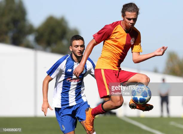 Mutlu Aksu Dogan of Galatasaray in action during the UEFA Youth League match between FC Porto and Galatasaray at Centro de Estagios do Olival on...