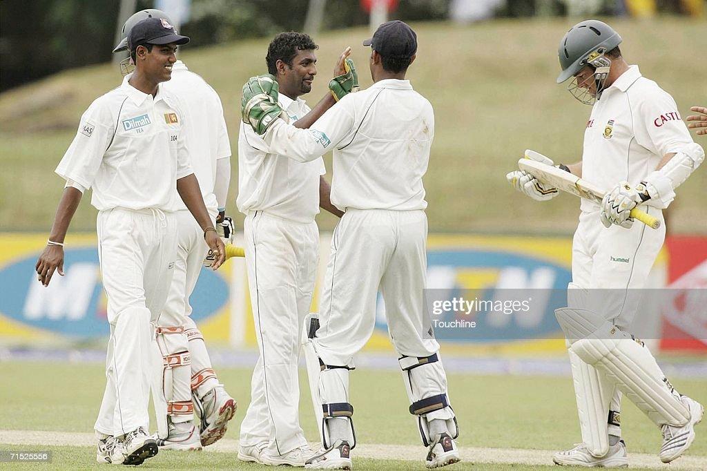 First Test South Africa v Sri Lanka - Day One : News Photo