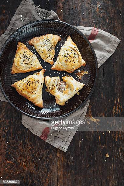 mutton samosas on plate - samosa stock photos and pictures
