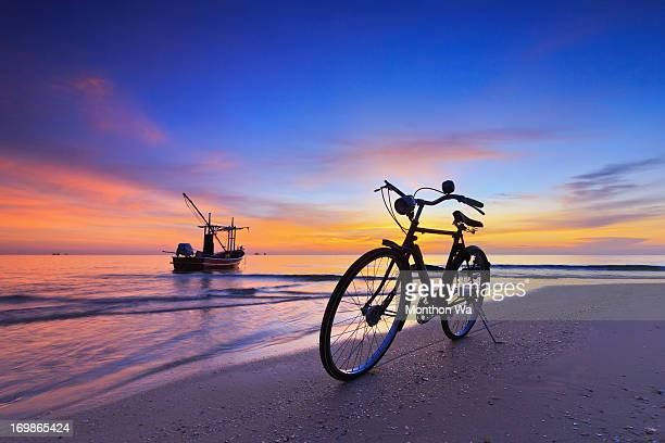 my bike and fishingboats - prachuap khiri khan province stock pictures, royalty-free photos & images