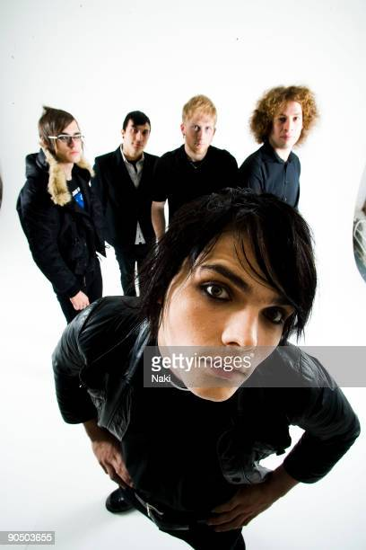 My Chemical Romance posed in London on November 05 2005 L R Mikey Way Frank Iero Bob Bryar Ray Toro Gerard Way at front