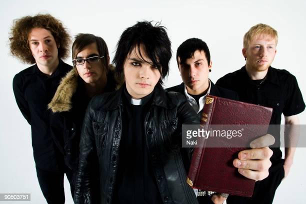 My Chemical Romance posed in London on November 05 2005 L R Ray Toro Mikey Way Gerard Way Frank Iero Bob Bryar