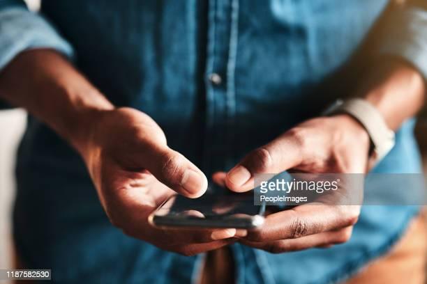 meine kunden können mir auch sms schreiben - sms stock-fotos und bilder