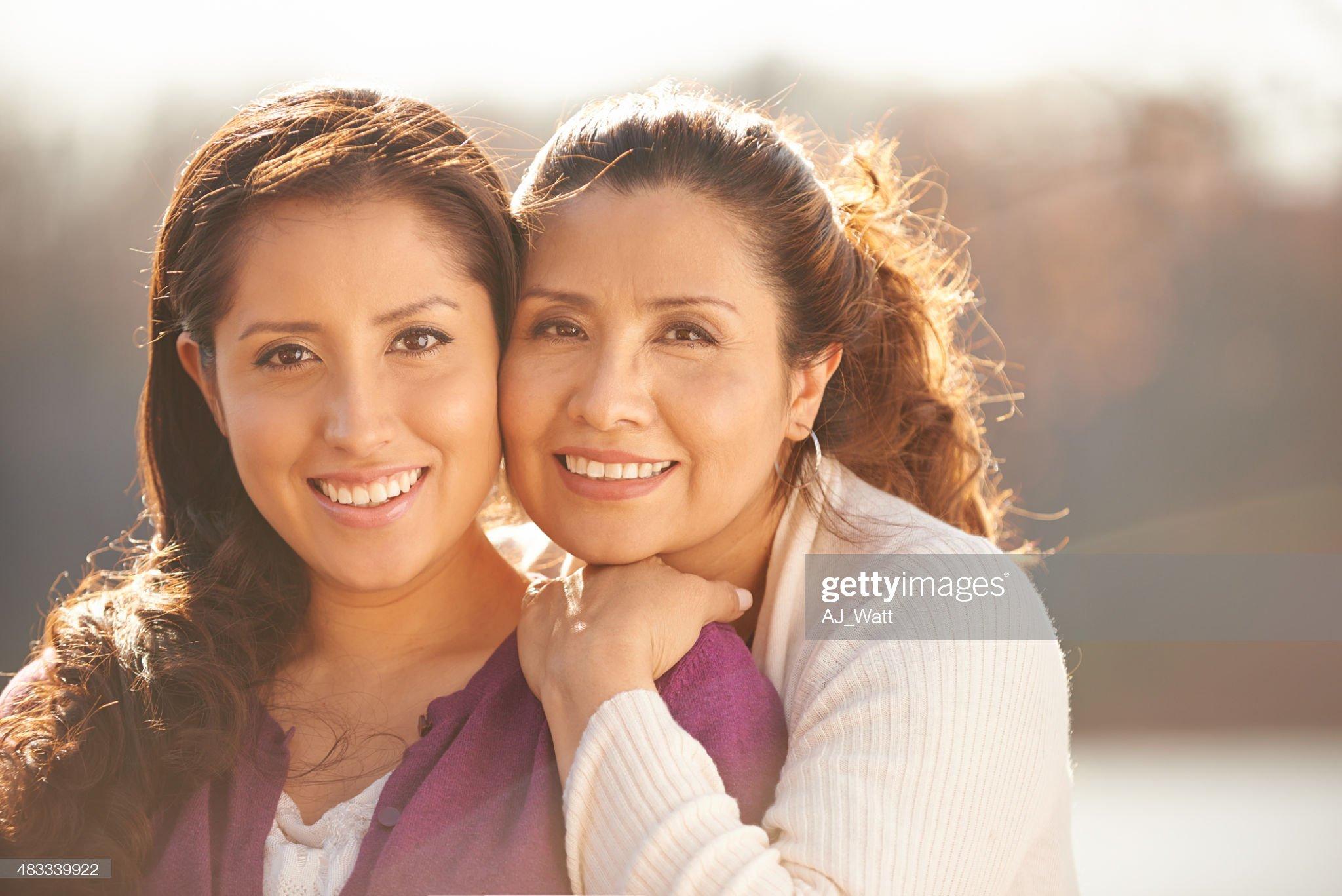 Las razas y etnias en el mundo - Página 6 My-daughter-means-the-world-to-me-picture-id483339922?s=2048x2048