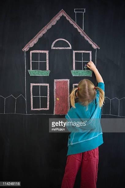 my dream home – mädchen zeichnung auf tafel - human body part stock-fotos und bilder