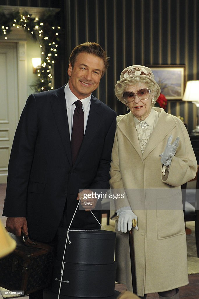 30 ROCK -- 'My Whole Life is Thunder' Episode 708 -- Pictured: (l-r) Alec Baldwin as Jack Donaghy, Elaine Stritch as Colleen Donaghy --