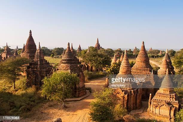 Myanmar: Tempel von Bagan an Halbiert Dirt Road