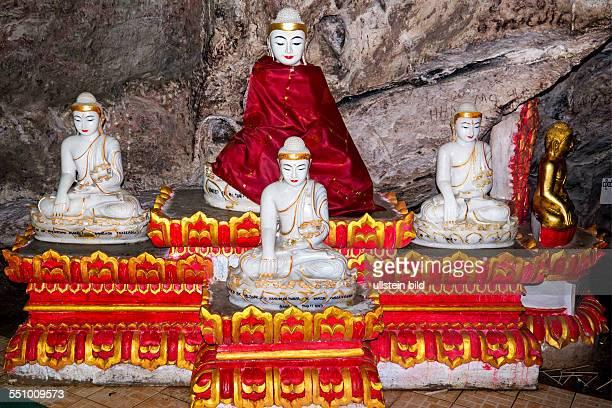 MMR Myanmar Burma Birma Pindaya PindayaHoehle Pindaya Cave Shwe U Min Pagode ueber 8000 BuddhaStatuten jede Figur traegt ein kleines Schild ihres...