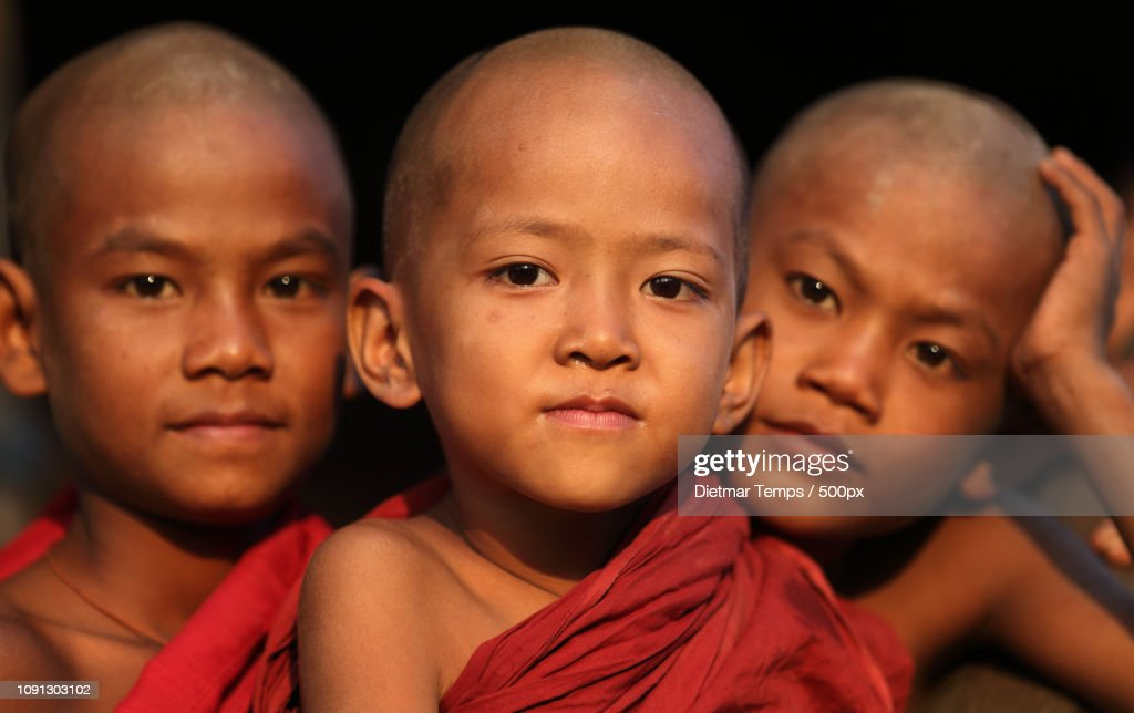 Myanmar, monks and novices : Stock-Foto