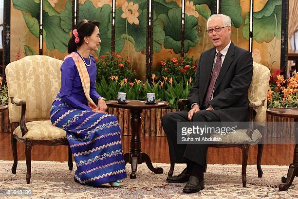 Myanmar opposition leader Daw Aung San Suu Kyi meets with Singapore Emeritus Senior Minister Goh Chok Tong at the Istana on September 23 2013 in...