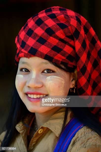 Myanmar, Shan State, Inle Lake, Indein (Inthein) village, Young Pa-O woman