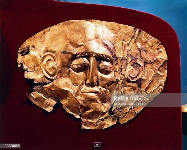 Mycenaean civilization 16th century bC Gold funerary mask From Mycenae Tomb IV