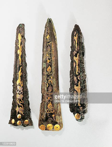Mycenaean civilization 16th century bC Goldsmithery Damascened daggers made of gold silver bronze and niello From Mycenae and Pylos Greece