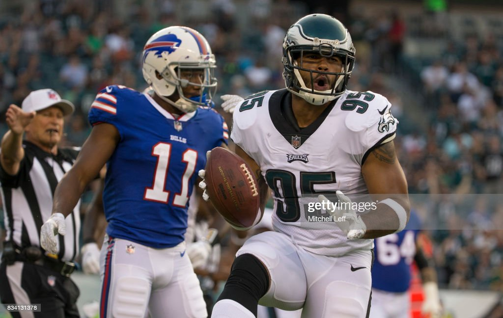 Buffalo Bills v Philadelphia Eagles