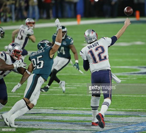 Mychal Kendricks of the Philadelphia Eagles rushes as Tom Brady of the New England Patriots passes during Super Bowl Lll at US Bank Stadium on...