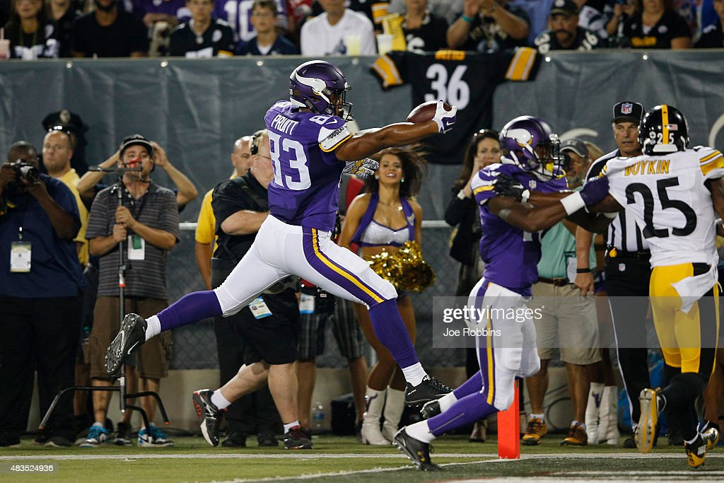 MyCole Pruitt #83 of the Minnesota Vikings jumps across the goal line for a 34-yard touchdown reception in the second quarter of the NFL Hall of Fame Game against the Pittsburgh Steelers at Tom Benson Hall of Fame Stadium on August 9, 2015 in Canton, Ohio.