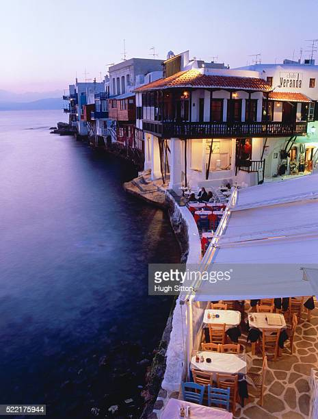 mykonos town view, cyclades, greece - hugh sitton stock-fotos und bilder