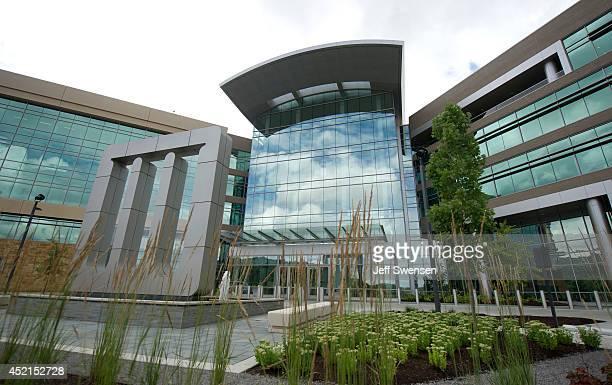 Mylan headquarters stands July 14 2014 in Canonsburg Pennsylvania The generic drugmaker Mylan is buying Abbott Laboratories' genericdrugs business in...