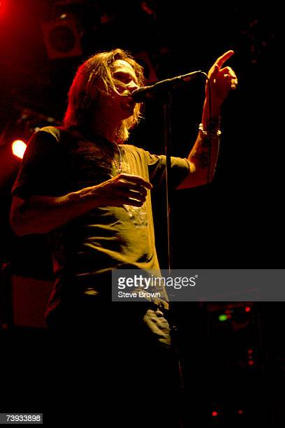 Myles Kennedy from Alter Bridge performing at their first London Showcase London ULU 17/09/04