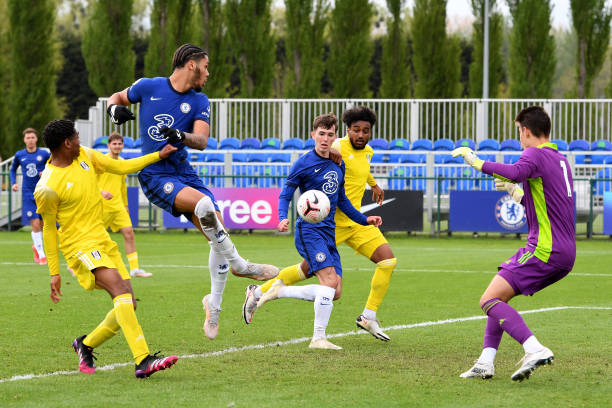 Myles Peart-Harris of Chelsea shoots for goal during the U18 Premier League match between Chelsea and Fulham at Chelsea Training Ground on May 15,...
