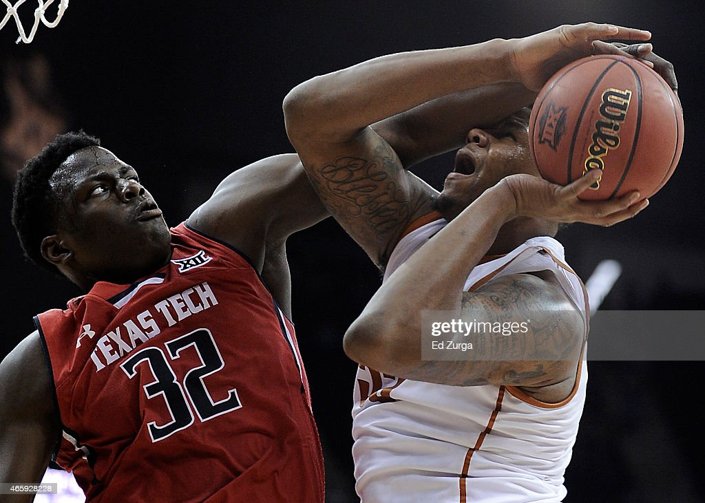 Texas Tech v Texas : News Photo