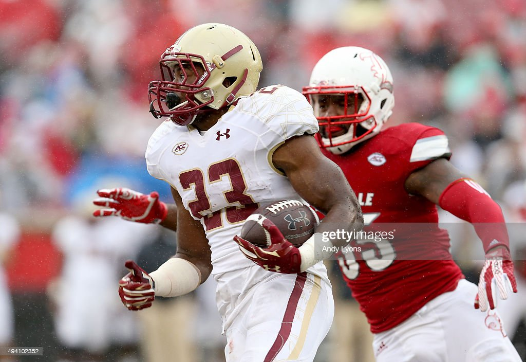Myles Willis #23 of the Boston College Eagles runs with the ball against the Louisville Cardinals at Papa John's Cardinal Stadium on October 24, 2015 in Louisville, Kentucky.