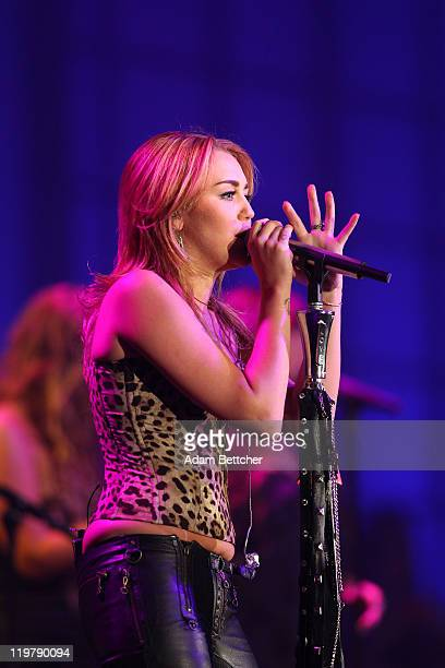 Mylie Cyrus performs at the Starkey Hearing Foundation's So The World May Hear Awards Gala 2011 at River Centre on July 24 2011 in St Paul Minnesota
