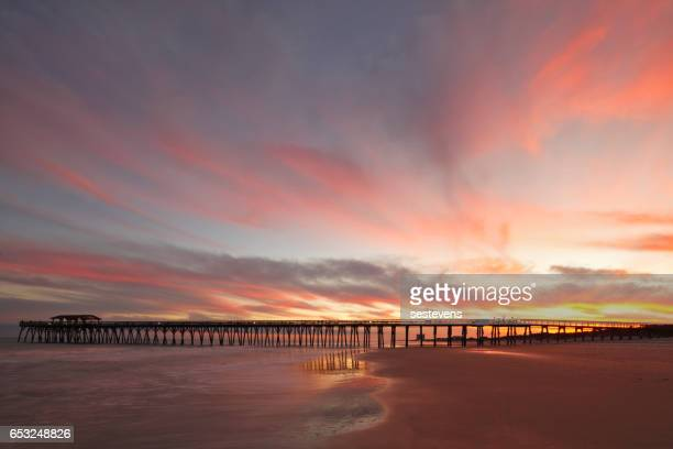 myrtle beach fishing pier - myrtle_beach stock pictures, royalty-free photos & images