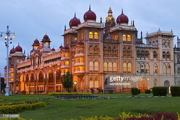 mysore palace at dusk - karnataka stock pictures, royalty-free photos & images