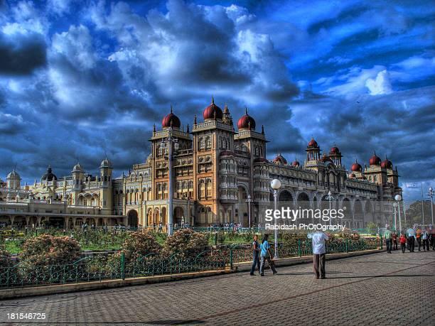 mysore palace hdr...!!! - mysore - fotografias e filmes do acervo