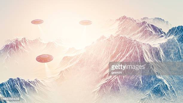 Mysterious UFO's searching the Earth's mountains
