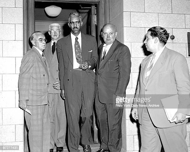 Mystery writer Dashiell Hammett at Federal Court to be taken to Federal House of Detention