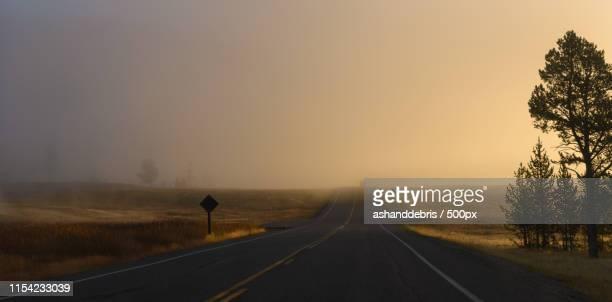mystical road - ワイオミング州 ストックフォトと画像