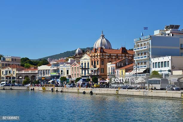 mytilene (mytilini) town a harbour - mytilene - fotografias e filmes do acervo