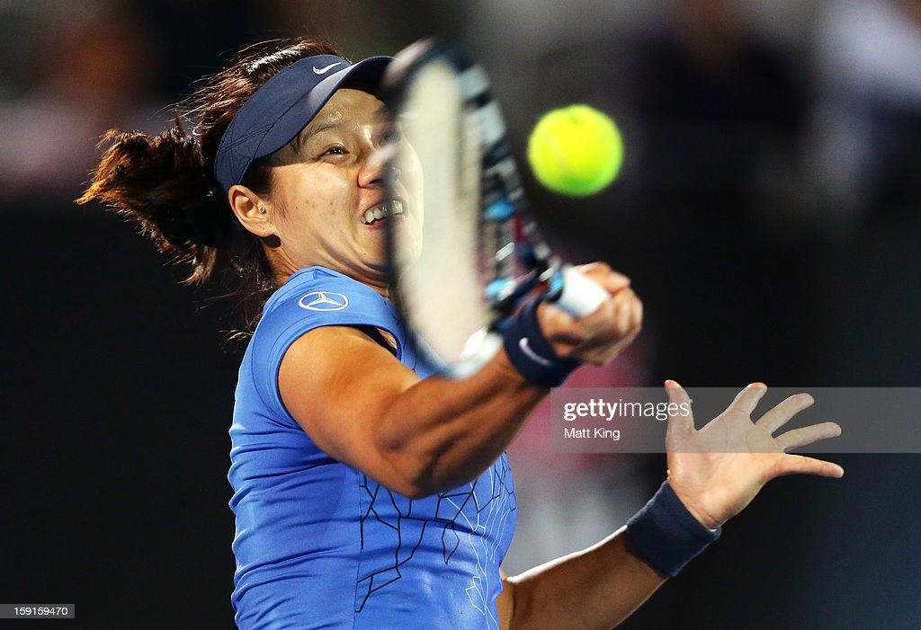 Na Li of China plays a forehand in her quarter final match against Madison Keys of USA during day four of the Sydney International at Sydney Olympic Park Tennis Centre on January 9, 2013 in Sydney, Australia.