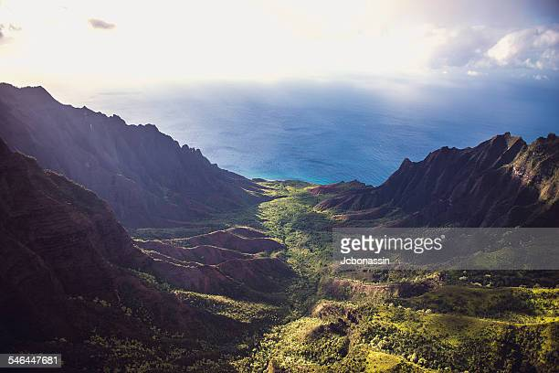 na pali coast, kauai - jcbonassin stock pictures, royalty-free photos & images