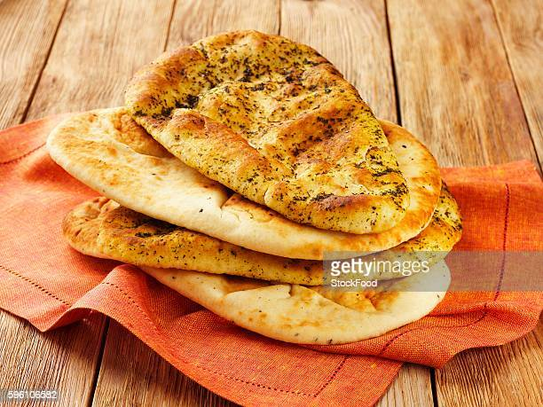 Naan breads with and without herbs