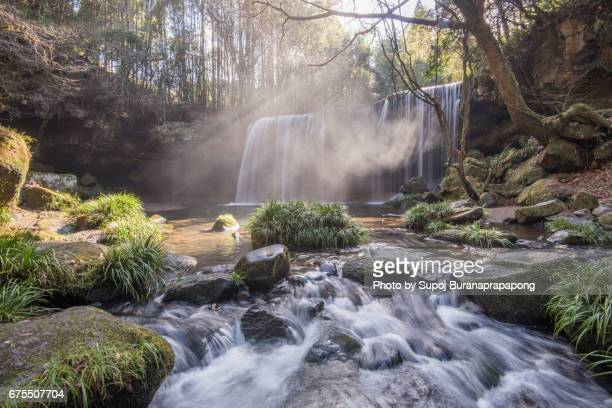 nabegataki waterfall in oguni, kyushu japan - kumamoto prefecture stock pictures, royalty-free photos & images