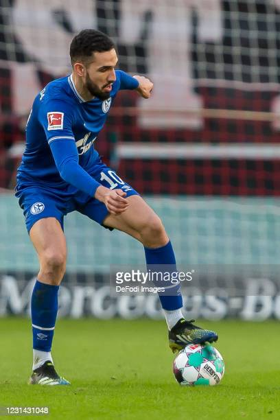 Nabil Bentaleb of FC Schalke 04 controls the Ball during the Bundesliga match between VfB Stuttgart and FC Schalke 04 at Mercedes-Benz Arena on...