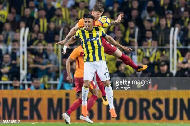Nabil Dirar of Fenerbahce SK Serdar Aziz of Galatasaray SK during the Turkish Spor Toto Super Lig match Fenerbahce AS and Galatasaray AS at the Sukru...
