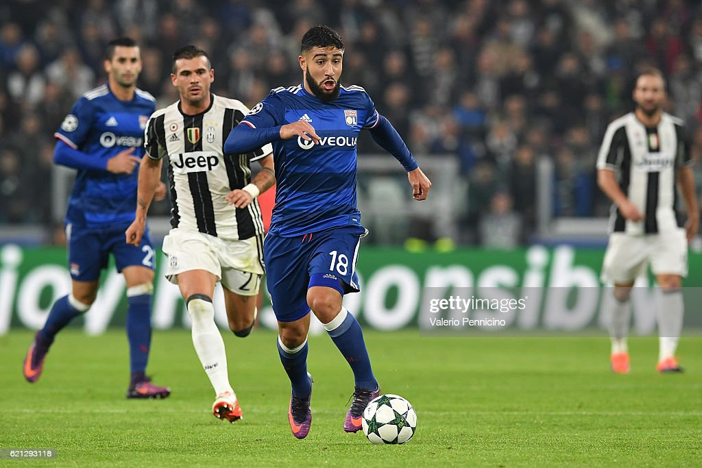 Nabil Fekir (R) of Olympique Lyonnais in action against Stefano Sturaro of Juventus during the UEFA Champions League Group H match between Juventus and Olympique Lyonnais at Juventus Stadium on November 2, 2016 in Turin, Italy.