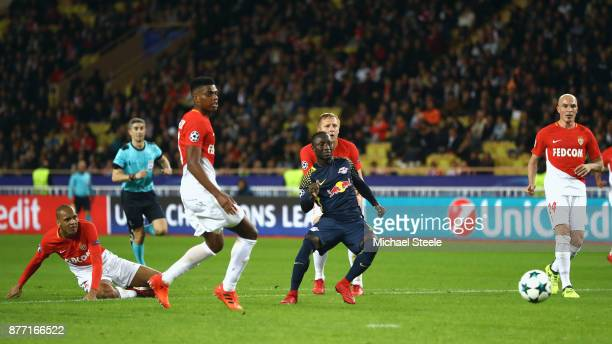 Naby Keita of RB Leipzig scores his sides fourth goal during the UEFA Champions League group G match between AS Monaco and RB Leipzig at Stade Louis...