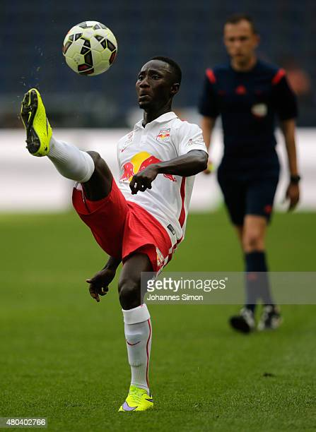 Naby Keita of Salzburg in action during the preseason match for the 3rd place between FC Red Bull Salzburg and Southampton FC as part of the Audi...