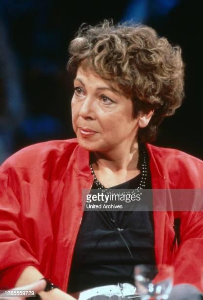Nach 9, älteste deutsche TV Talkshow, Sendung vom 20. Mai 1990, Moderatorin Juliane Bartel.
