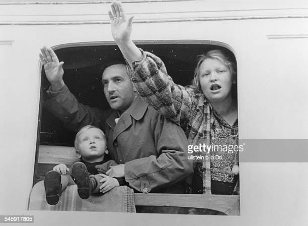 Nach dem Militärputsch von Offizieren umGeneral Dusan Simovic gegen die RegierungCvetkovic und Prinzregent PaulAngehörige der deutschen Kolonie...