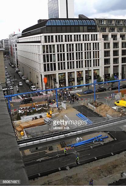 Nach gut einem Jahr wurde am das Ende der offenen UBahn Baustelle in der Friedrichstrasse zwischen Unter den Linden und Behrenstrasse gemeinsam mit...