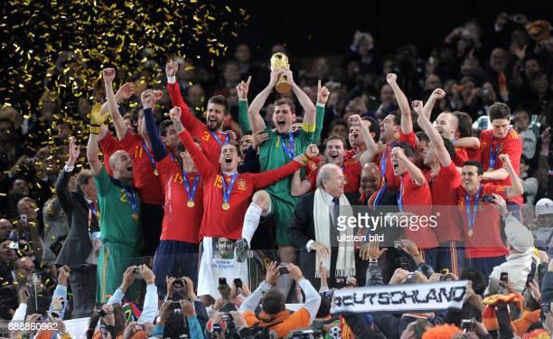 Suedafrika Gauteng / Transvaal Johannesburg FIFA FussballWM Suedafrika 2010 Finale Niederlande Spanien 01 nach Verlaengerung die spanische Mannschaft...
